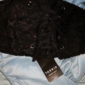 torrid Accessories - Torrid- elastic snap lace/tie front belt.